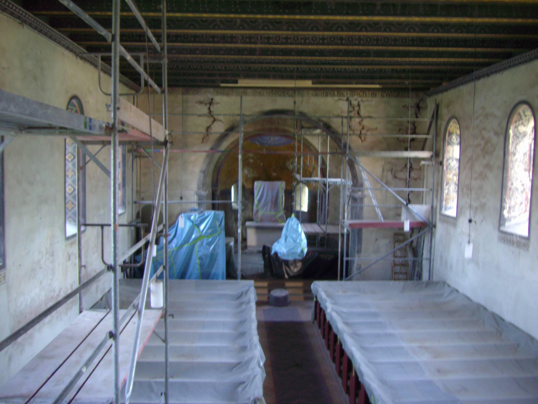 Zustand der Kirche nach totalem Baustop